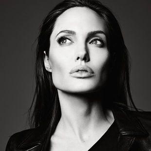 Μέχρι πού θα φτάσει η Angelina Jolie; Μία νέα της φωτογραφία κάνει το γύρο του διαδικτύου