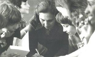 Ένας δάσκαλος φέρνει την άνοιξη-Η συγγραφέας 'Αλκη Ζέη το πιστεύει ακράδαντα και εξηγεί το γιατί