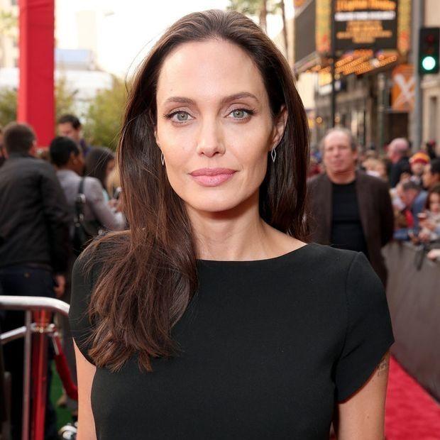Stop the Press: Η Angelina Jolie επιτέλους πάχυνε και σου έχουμε τις αποδείξεις