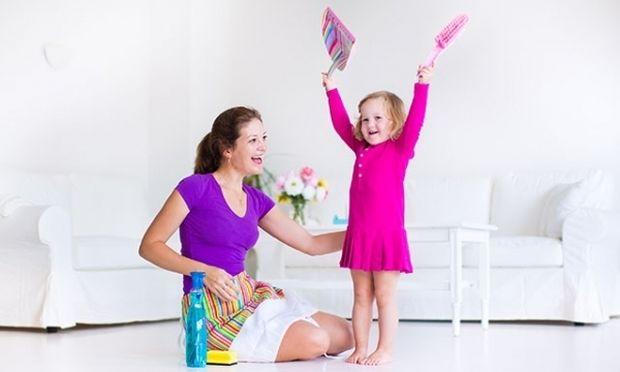 Πόσο συχνά χρειάζεται να επαινούμε το παιδί μας και πότε να το επιβραβεύουμε;