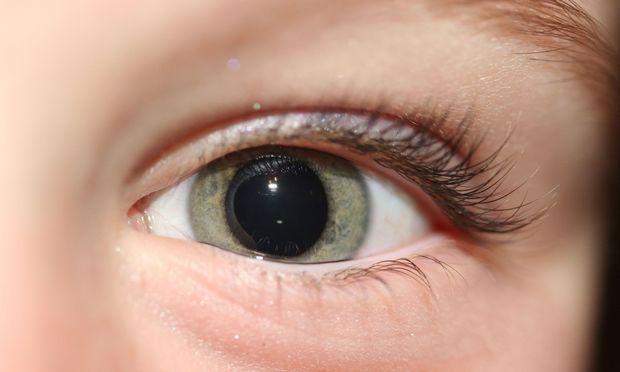 Τικ στα μάτια του παιδιού: Γιατί συμβαίνει και τι μπορώ να κάνω;