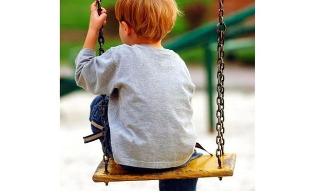 Τι να κάνετε αν το παιδί παραπονιέται πως δεν έχει φίλους