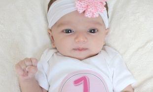Μωρό ενός μήνα: Κάνει πολλά περισσότερα από το να τρώει και να κοιμάται!