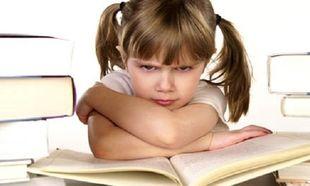 Παιδί και διάβασμα: Απλοί τρόποι για να αντιμετωπίσετε την άρνησή του