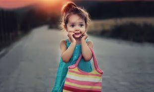 Ντροπαλό παιδί: Πώς θα βοηθήσω το παιδί μου που ντρέπεται;