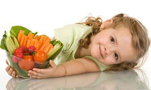 Τι πρέπει να περιλαμβάνει ένα ισορροπημένο πρόγραμμα διατροφής για παιδιά 2-12 ετών