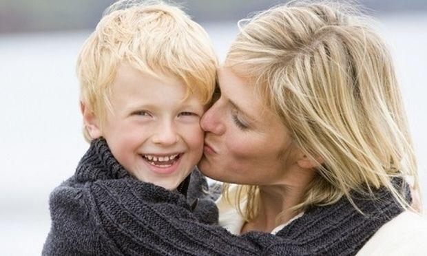 Πότε είναι αποτελεσματικός ο έπαινος στα παιδιά;