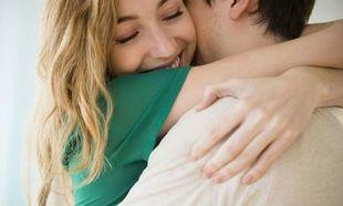 Η αξία του να λες «σ'αγαπώ» είναι μεγάλη, όμως του να το δείχνεις είναι μεγαλύτερη...