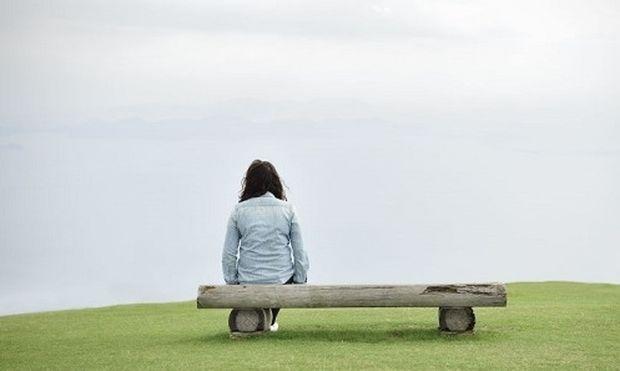 Γνωρίζετε ότι η μοναξιά μπορεί να κληρονομηθεί; Τι προκύπτει από έρευνες