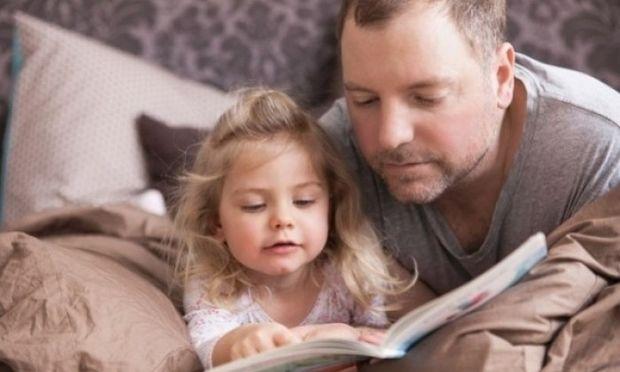 Ενθαρρύνετε τα παιδιά να διαβάσουν: Απλές συμβουλές