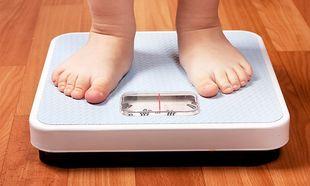 Ώρες οθόνης… καθοριστικές για την παιδική παχυσαρκία