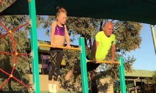 Δείτε τι κάνει αυτός ο μπαμπάς προκειμένου να περνάει λίγο χρόνο με την κόρη του (vid)