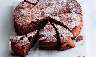 Γρήγορο, εύκολο και νηστίσιμο κέικ σοκολάτας