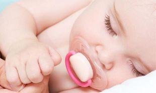Πώς να αποχωριστεί το μωρό την πιπίλα χωρίς κλάματα