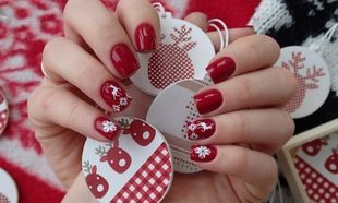 20 ξεχωριστές ιδέες για χριστουγεννιάτικο μανικιούρ!