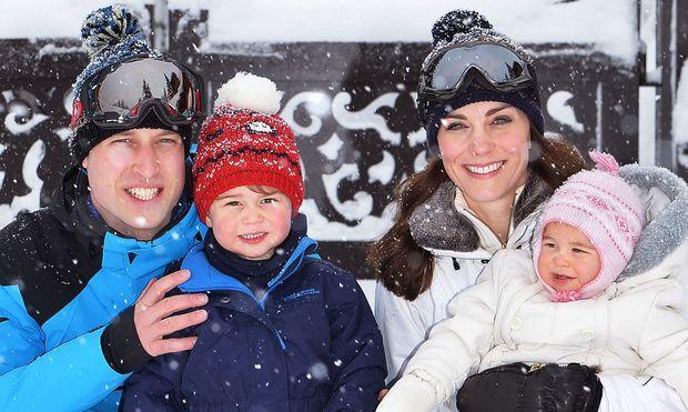 Prince William - Kate Middleton: Eπιτέλους αποκαλύφθηκε η αξιολάτρευτη ευχαριστήρια κάρτα με τα παιδιά τους!