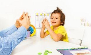 Δυσπραξία: Πώς καταλαβαίνουμε ότι ένα παιδί είναι δυσπραξικό