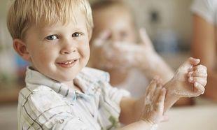 Ποιος είναι ο σωστός τρόπος πλυσίματος των χεριών για τα παιδιά;