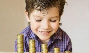 5 υπέροχοι και δημιουργικοί τρόποι να μάθετε στο παιδί σας τα χρήματα και πώς να τα αποταμιεύει