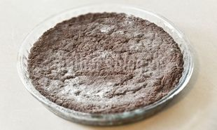 Νηστίσιμο κέικ κακάο με σιμιγδάλι από τον Γιώργο Γεράρδο