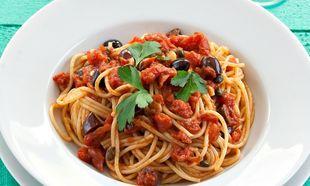 Σπαγκέτι α λα πουτανέσκα: Ατακτη, σιτσιλιάνικη συνταγή!
