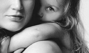 12 τρόποι να βοηθήσετε την κόρη σας να αγαπήσει το σώμα της
