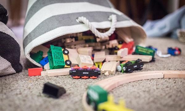 Έξι επικίνδυνα παιχνίδια που πρέπει να κρατήσετε μακριά από τα μικρά παιδιά