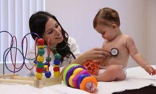 8 πράγματα που ζητάει ο παιδίατρος από τους γονείς να σταματήσουν να κάνουν