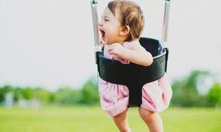 Τι μπορεί να κάνει το παιδί σας στην ηλικία των 11-15 μηνών; Κάντε το Τεστ ανάπτυξης για γονείς