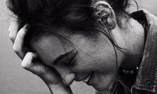 Με τι συνδέεται η περιοδοντίτιδα και η απώλεια των δοντιών στις γυναίκες