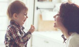 Πώς να αυξήσετε τις πιθανότητες να δοκιμάσει το παιδί νέες τροφές χωρίς γκρίνια