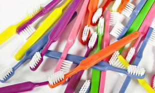 10+1 χρήσεις της παλιάς σας οδοντόβουρτσας