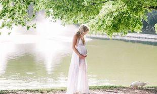 Εγκυμοσύνη και ζέστη: Γιατί ζεσταινόμαστε περισσότερο κατά την κύηση;