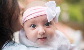 «Μαμ», «Άτα» και «Νάνι»: πότε σταματάμε να μιλάμε στα παιδιά μωρουδίστικα