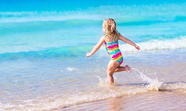 Τι είναι ο «ξηρός πνιγμός» που απειλεί τα μικρά παιδιά