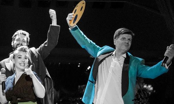 Ο Φοίβος Δεληβοριάς υποδέχεται νέους καλεσμένους στην Ταράτσα