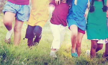 Τι πρέπει να κάνουν οι γονείς αν δεν εγκρίνουν τις παρέες και τους φίλους του παιδιού τους;