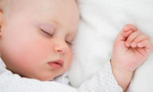Υπερβολική υπνηλία μωρού: Πότε είναι ανησυχητική;