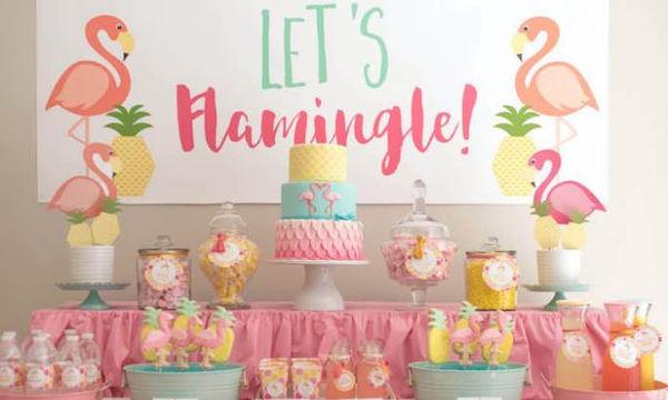Καλοκαιρινό παιδικό πάρτι με θέμα τι άλλο; Φυσικά, τα Φλαμίνγκο!