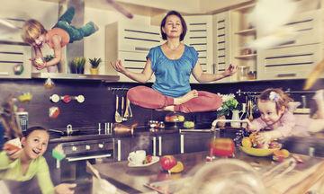 7 απλοί τρόποι για να χαλαρώσει μία πολυάσχολη μαμά