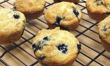 Muffins με φέτα και ελιές - Μία συνταγή που μυρίζει... Ελλάδα