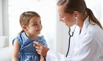 Δείτε ποιος είναι ο ιατρικός έλεγχος που πρέπει να κάνει το παιδί, πριν ανοίξουν τα σχολεία
