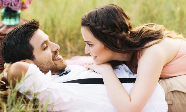 Το πιο συχνό λάθος που κάνουν τα παντρεμένα ζευγάρια σύμφωνα με μία σύμβουλο σχέσεων