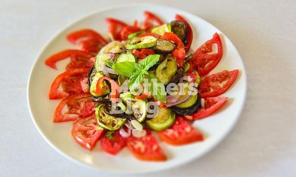 Σαλάτα ψητών καλοκαιρινών λαχανικών από τον Γιώργο Γεράρδο