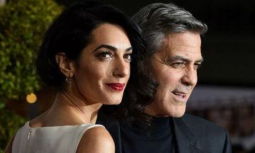 Amal Clooney: Η αυστηρή και ιδιαίτερη δίαιτα που ακολουθεί, μετά τη γέννηση των διδύμων