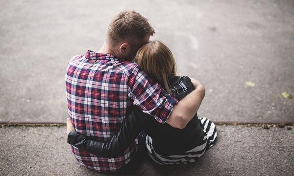 Κρατήστε δυνατή τη σχέση σας μετά τον ερχομό ενός μωρού – 5 τρόποι για να το πετύχετε
