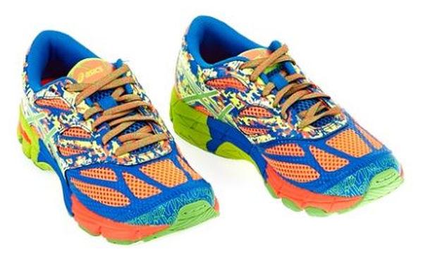 Παιδικά παπούτσια Asics GEL-NOOSA TRI 10 GS με πολύχρωμα σχέδια