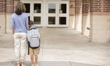 Σχολική άρνηση ή φοβία: Ποια είναι τα αίτια και πώς μπορείτε να την αντιμετωπίσετε