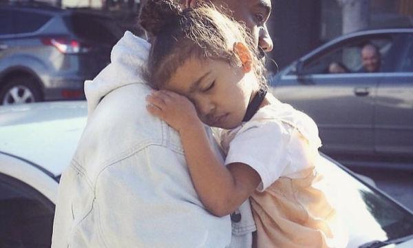 «Μανούλα αυτό θα σε κρατήσει ασφαλή!», το δώρο της North στην Kim Kardashian