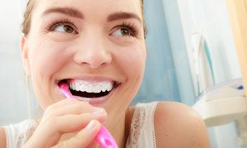 Εγκυμοσύνη και δόντια: Είστε έγκυος; Φροντίστε τα ούλα σας